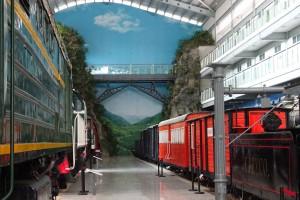 Nachbau der Wujiazhai-Eisenbahnbrücke im Nordbahnhof von Kunming.