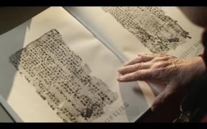 Eine Abbildung eines Buchs, dass Kopien von Seiten des Ge Hong Buchs enthält.
