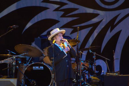 Bob Dylan - Playing at Finsbury Park, London